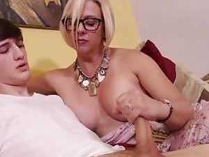 Mom and son handjob free tube