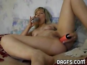 Horny, blonde MILF fingers and toys her pussy and ass till she cums