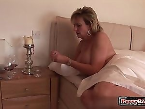Horny pussy facial surprise